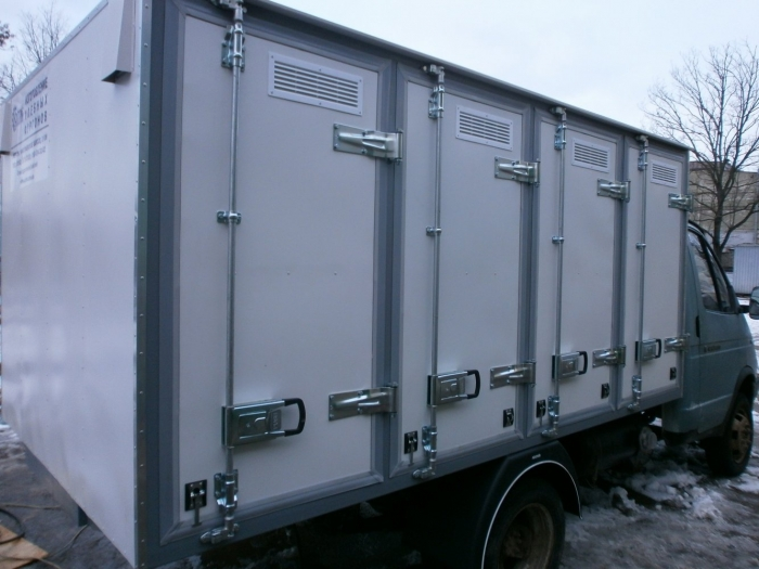 4-door Bakery Delivery Van with holding capacity of 96 bakery cases, based on GAZ 3302 light truck frame