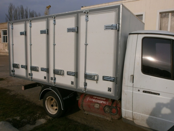 Insulated Bakery Delivery Van Box Body based on GAZ 3302 light truck frame