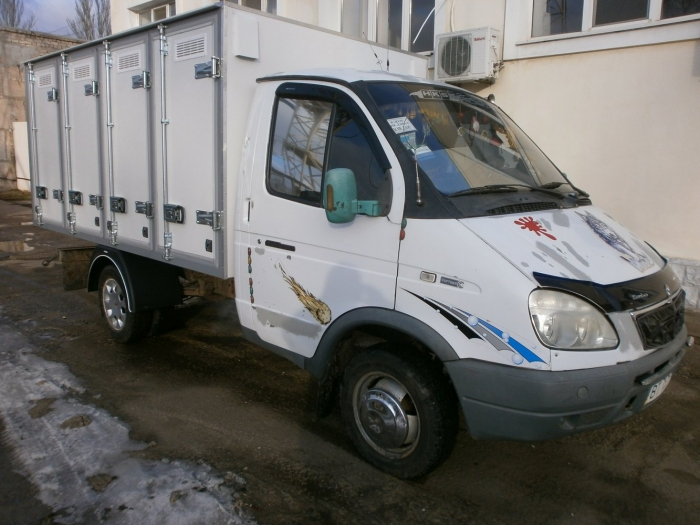 Produced another another 4-door Bakery Delivery Van with holding capacity of 96 bakery cases