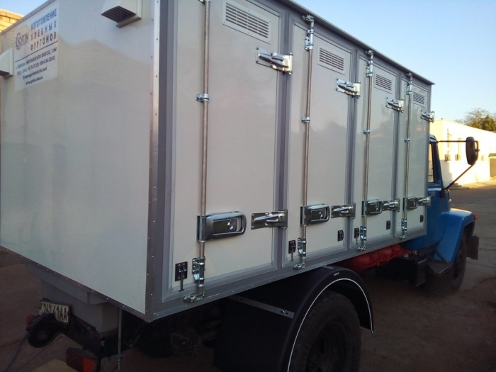 Manufactured and mounted on the chassis of GAZ-3309 4-door bread isothermal van on 96 trays