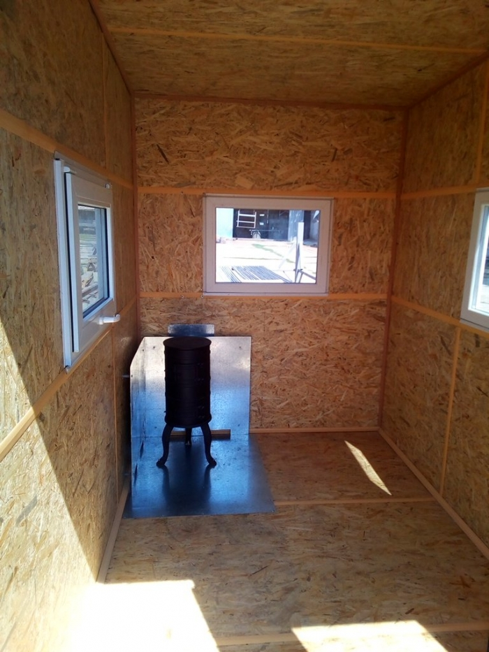 Mobile module (metal) lodge for accommodation of protection or other staff